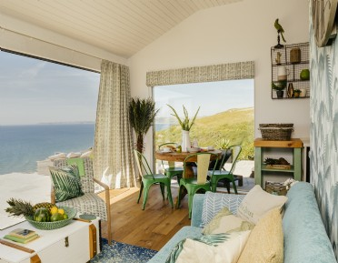 Luxury beach hut accommodation, Whitsand Bay Cornwall