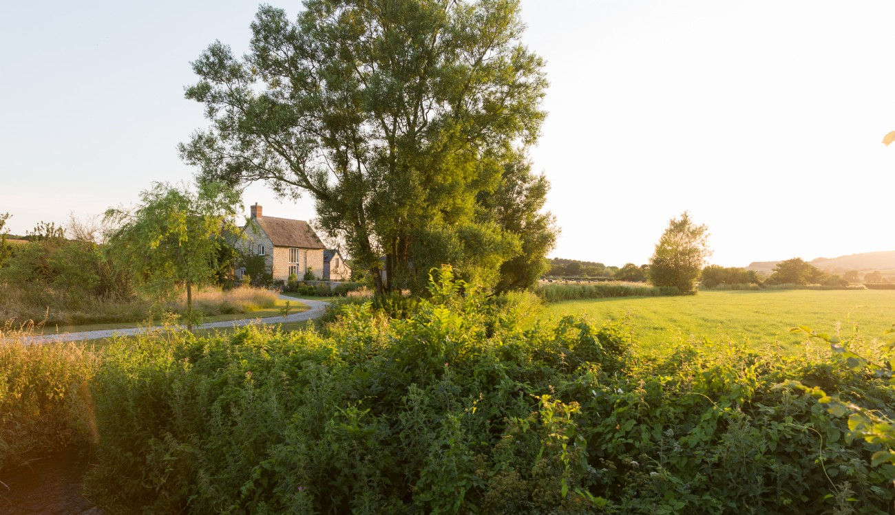 Luxury Self-Catering Farmhouse in Dorset, Near Hive Beach