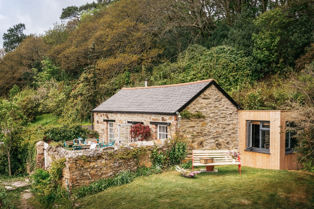 Libertine | Luxury Self-Catering Cottage | Perranporth, Cornwall