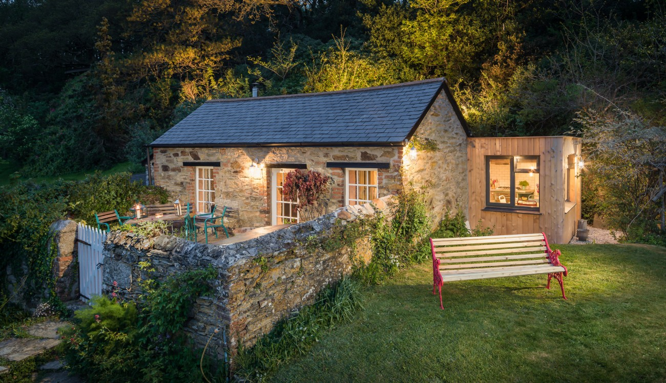 Secluded Perranporth Luxury Self-catering Cottage, Cornwall