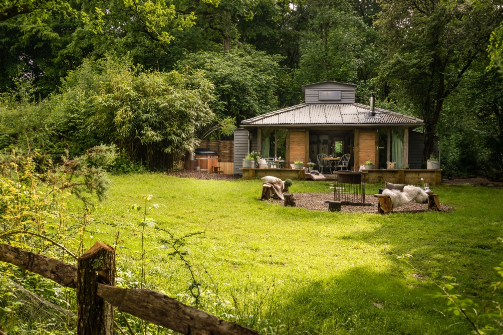 Little Bear | Luxury Self-Catering | Billingshurst, West Sussex