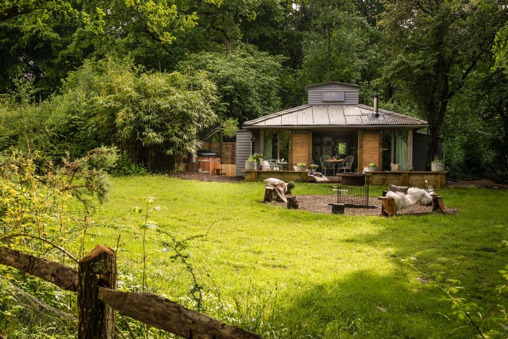 Little Bear | Luxury Self-Catering | Billingshurst, West Sussex