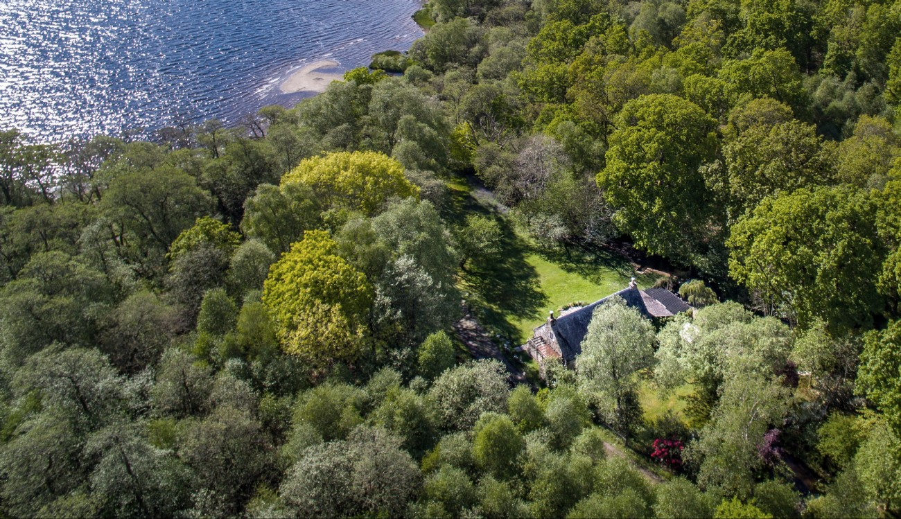 Little Eden | Luxury Cottage | Loch Lomond, Scottish Highlands