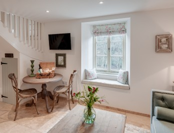 Tamar Valley luxury self-catering river cottage