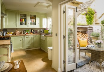 Luxury self-catering cottage in Burford