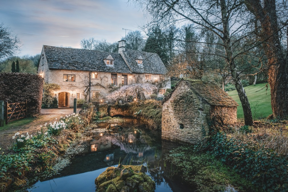 Midsummer Wood | Luxury Self-Catering Home | Bourton-on-the-Water