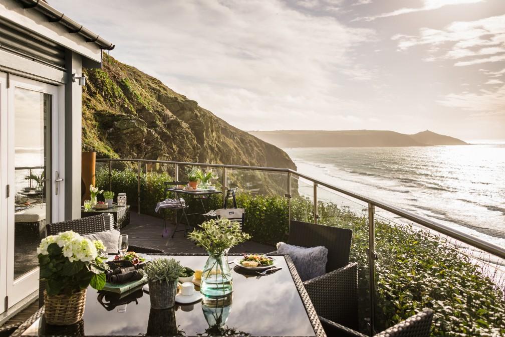 Moontide | Luxury Self-Catering Coastal Cabin | Whitsand Bay, Cornwall