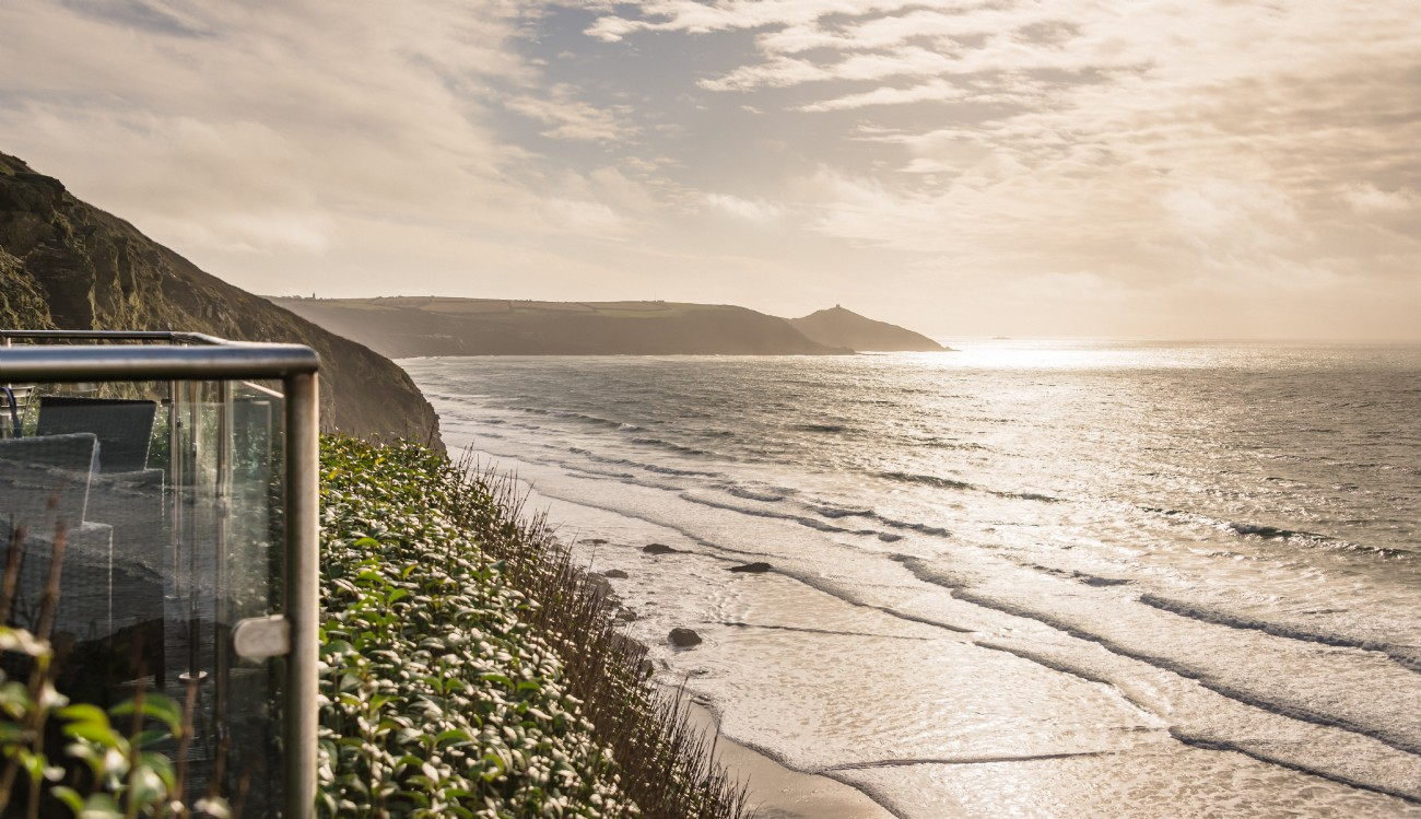 Moontide | Cliff Top Cabin by the sea | Whitsand Bay, Cornwall