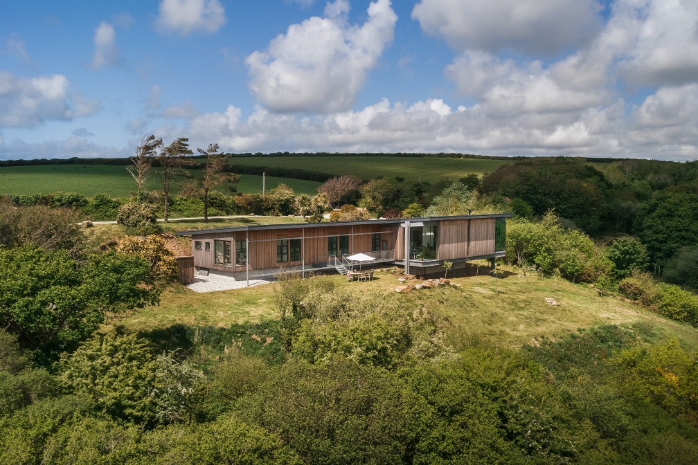 Large Contemporary Home | For Sale | Mawgan Porth, Cornwall