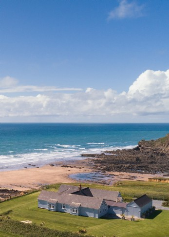 Northcott luxury self-catering beach house in Cornwall