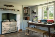 The large Aga and breakfast aera in Orbis´ kitchen
