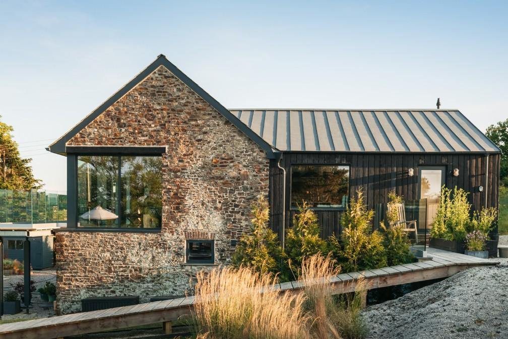 Oska | Luxury Self-Catering Barn | Widemouth Bay, North Cornwall