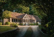 Welcome to Papilio Creek, a luxury self-catering cottage in Dorset