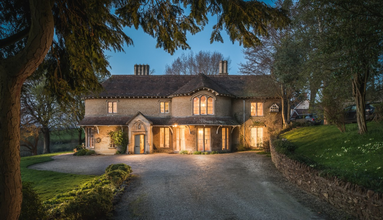Large luxury self-catering bohemian home in Frome, Somerset