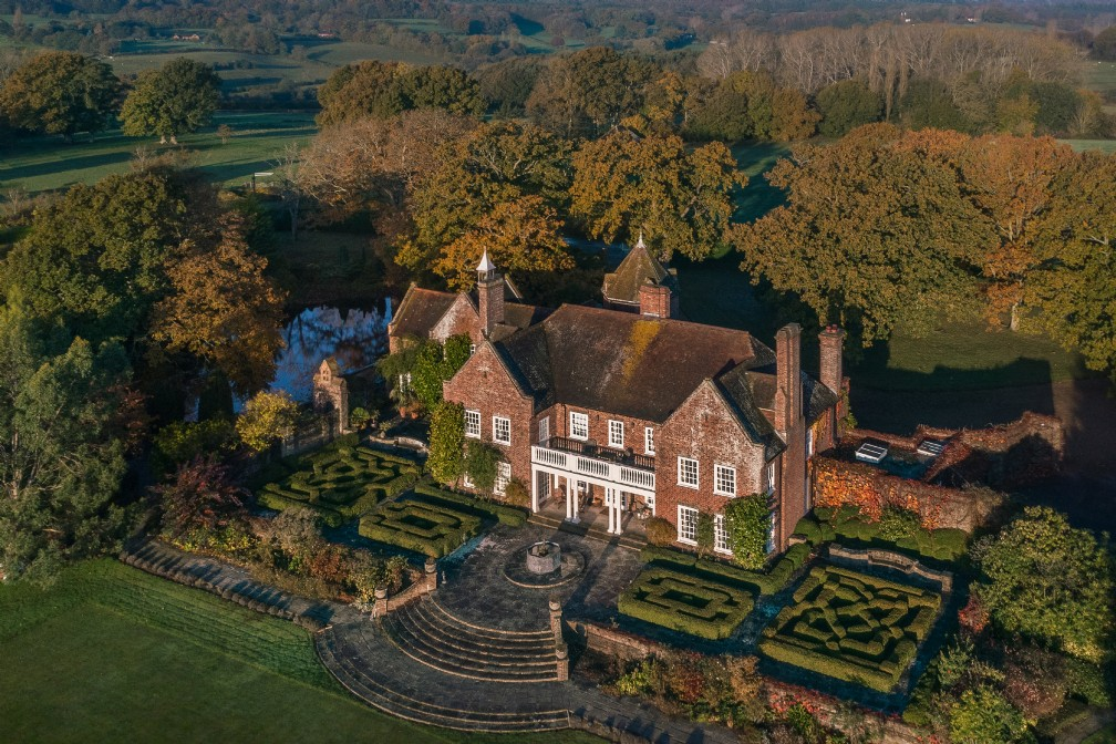 Pelsham Manor | Luxury Self-Catering Manor House | Rye, East Sussex