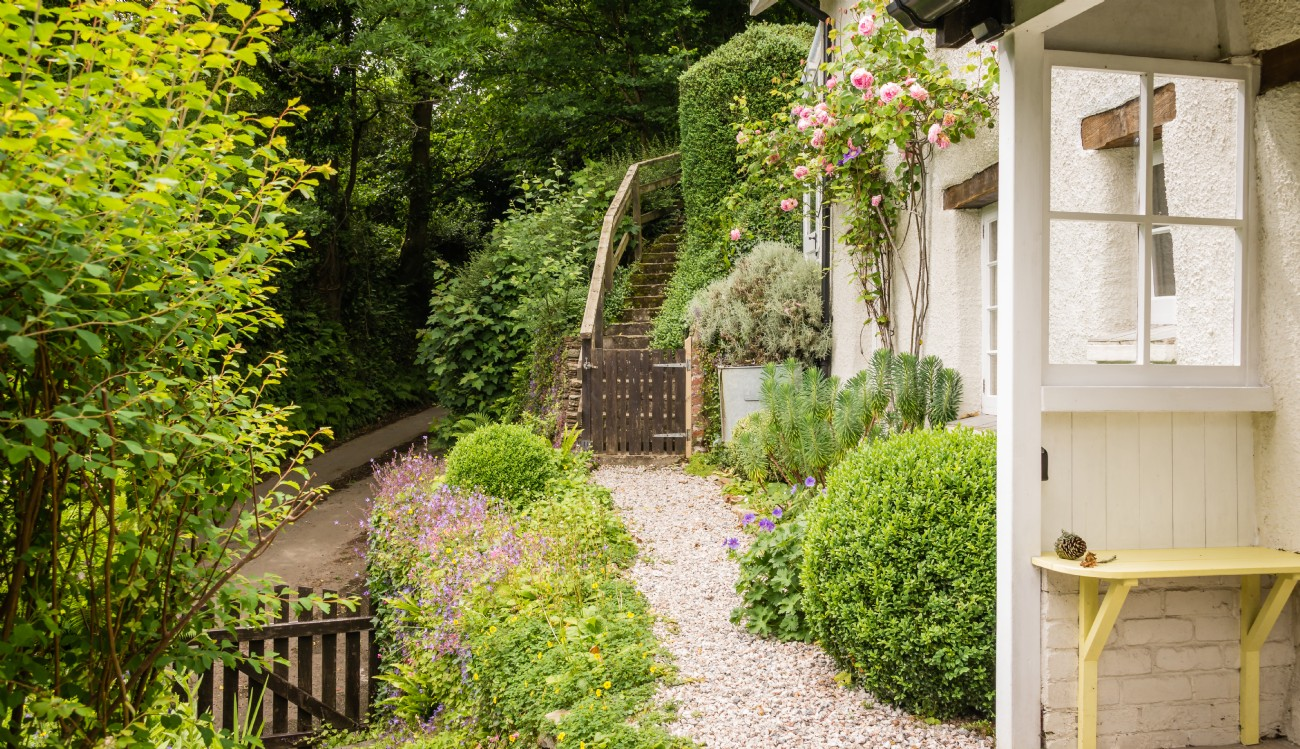 Kingsbridge Thatched Luxury Self-catering Cottage, Devon