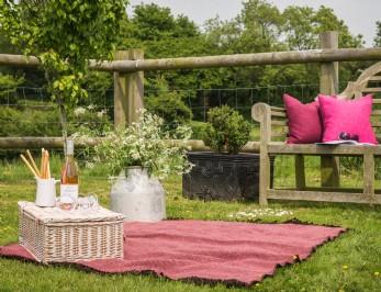 Luxury self-catering cottage Shipton Gorge, Dorset