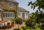 Prairie De Gorge sits in a peaceful setting amongst the Dorset countryside