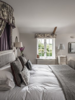 Luxury self-catering family home Shipton Gorge, Dorset