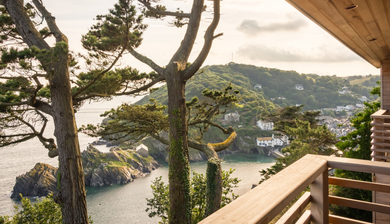 Luxury self-catering off-grid retreat in Polperro, south east Cornwall