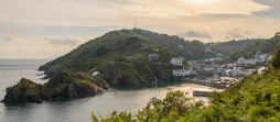 Luxury self-catering holiday home on the cliffs of Polperro