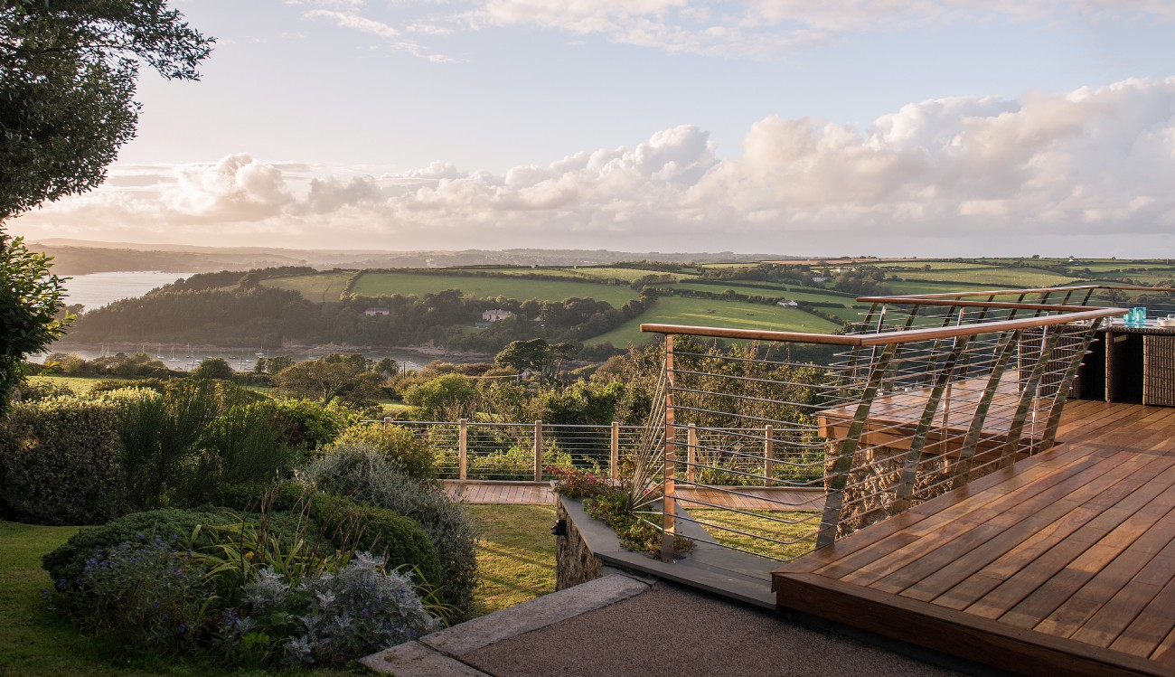 St Just self-catering river house in the Roseland, Cornwall
