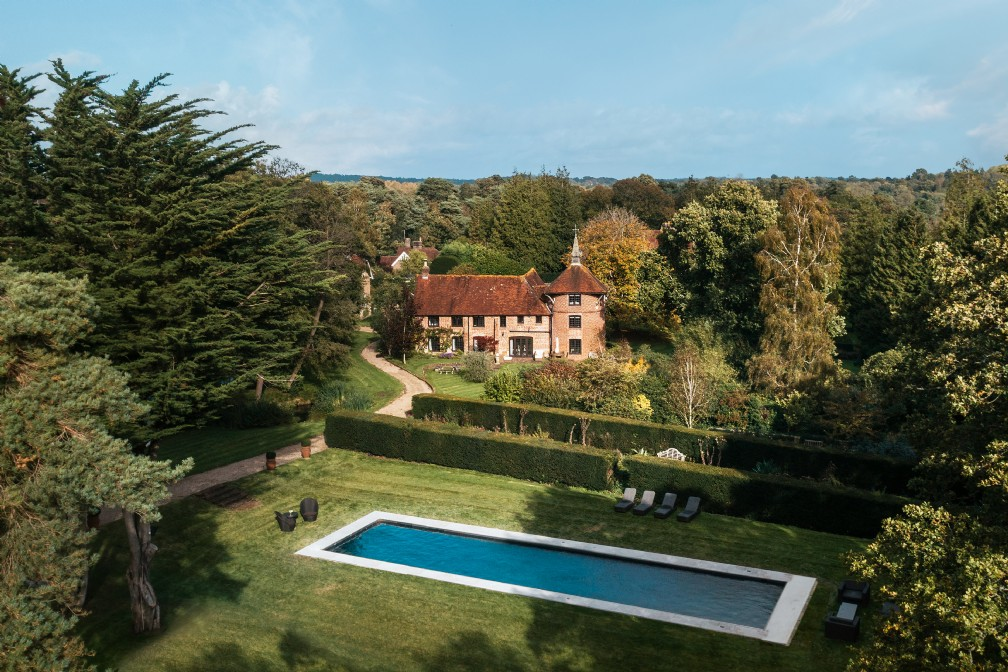 Roserai | Luxury Self-Catering Oast House | Waldron, East Sussex