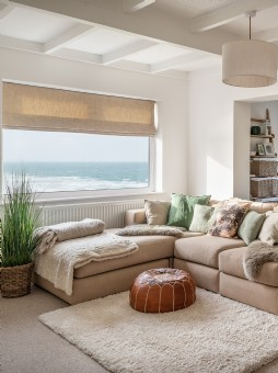Luxury self-catering beach house in Mawgan Porth, Cornwall