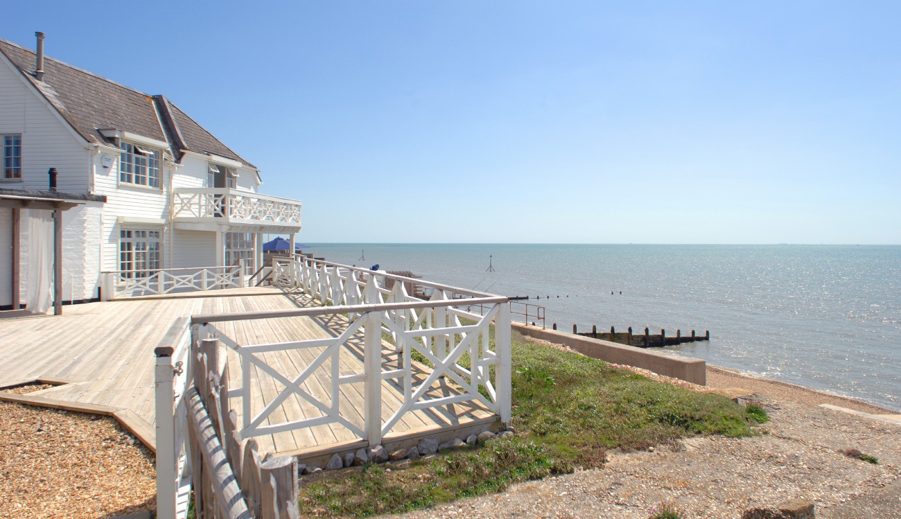 Selsey self-catering beach house in West Sussex