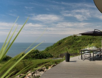 Luxury self-catering beach house in Portwrinkle village, Cornwall