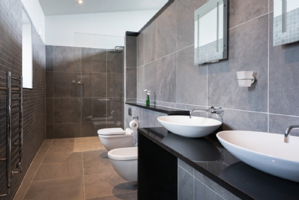 Portwrinkle luxury self catering beach house on south for His and hers bathtub