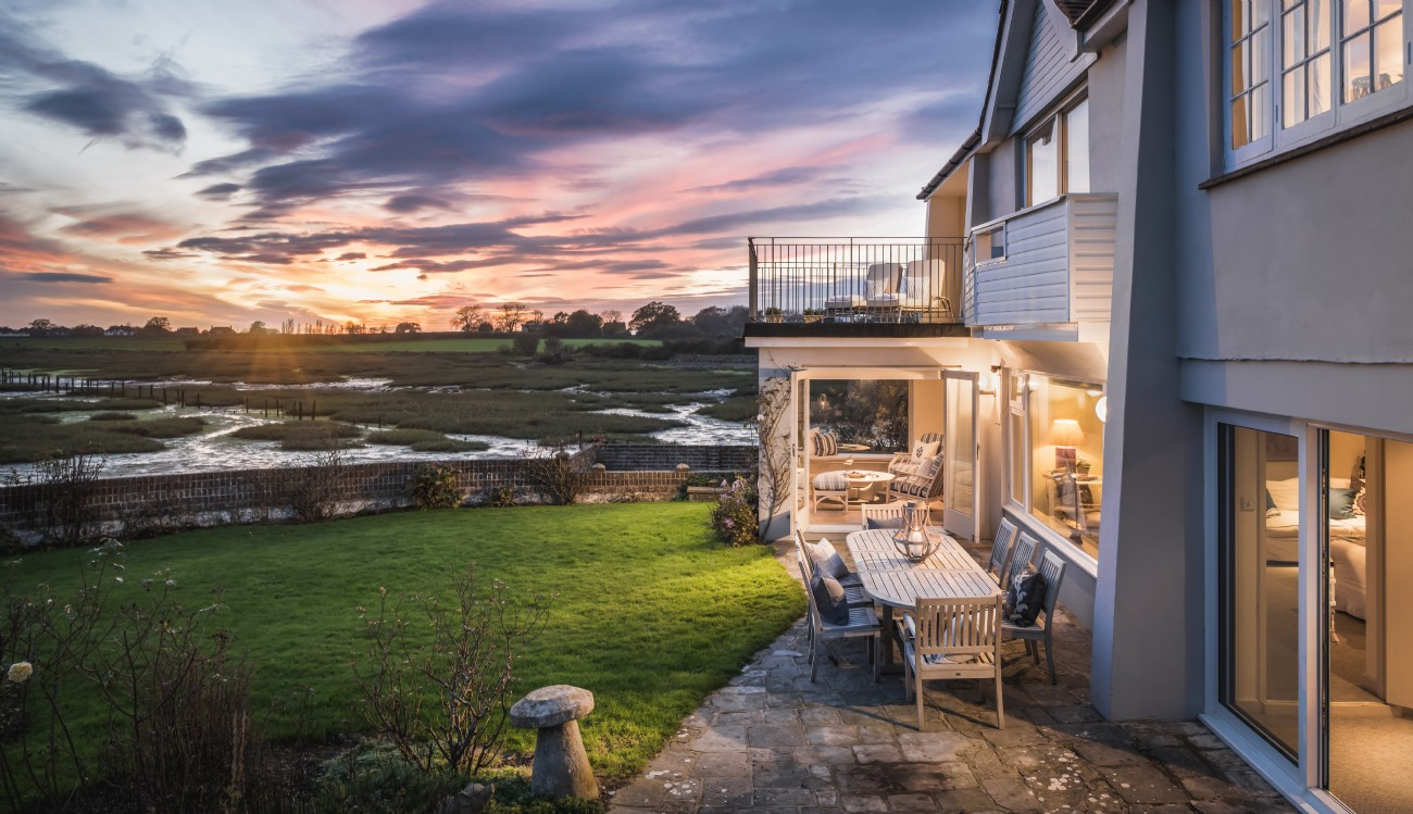 Snow Goose | Luxury Self-catering River House | Bosham, Sussex