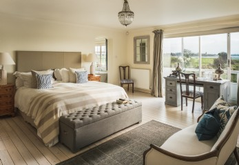 Luxury self-catering home near Bosham village, West Sussex