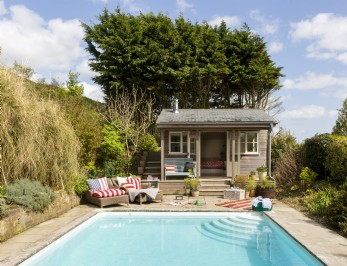 Luxury seaside self-catering coastal cottage in Dorset