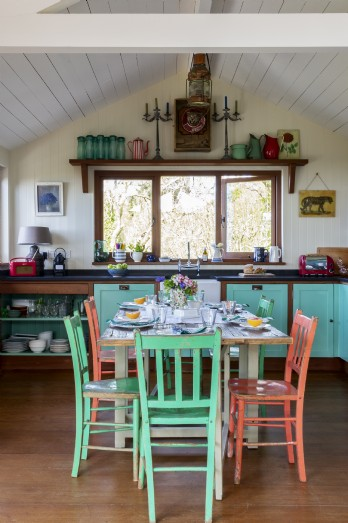 Coastal self-catering in Burton Bradstock