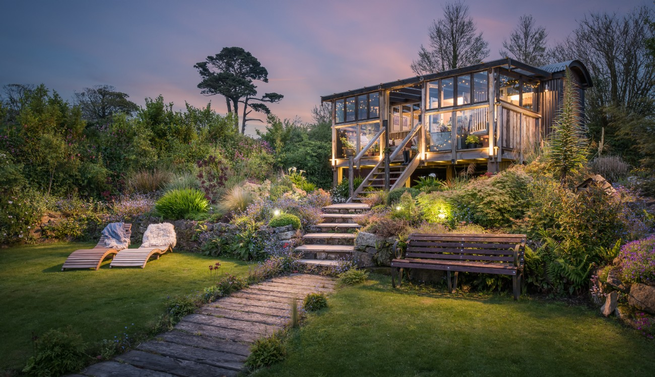 Bohemian Luxury Self-catering Home in Cornwall, Swimming Pond
