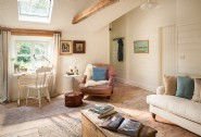 Tangle Belle is a charming retreat near the Helford River