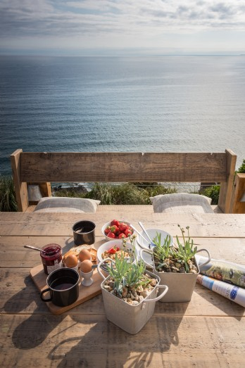 Luxury self-catering Whitsand Bay