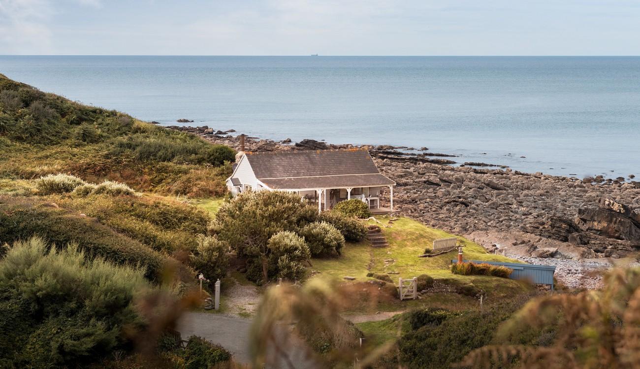 The Beach Hut in Cornwall, Millook Beach