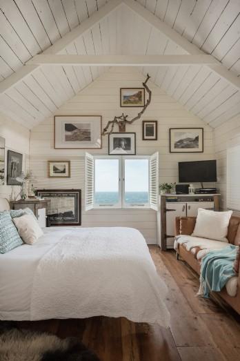 Luxury Beach Hut, Cornwall