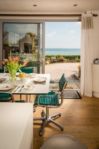 Luxury coastal self-catering Boat House in Downderry