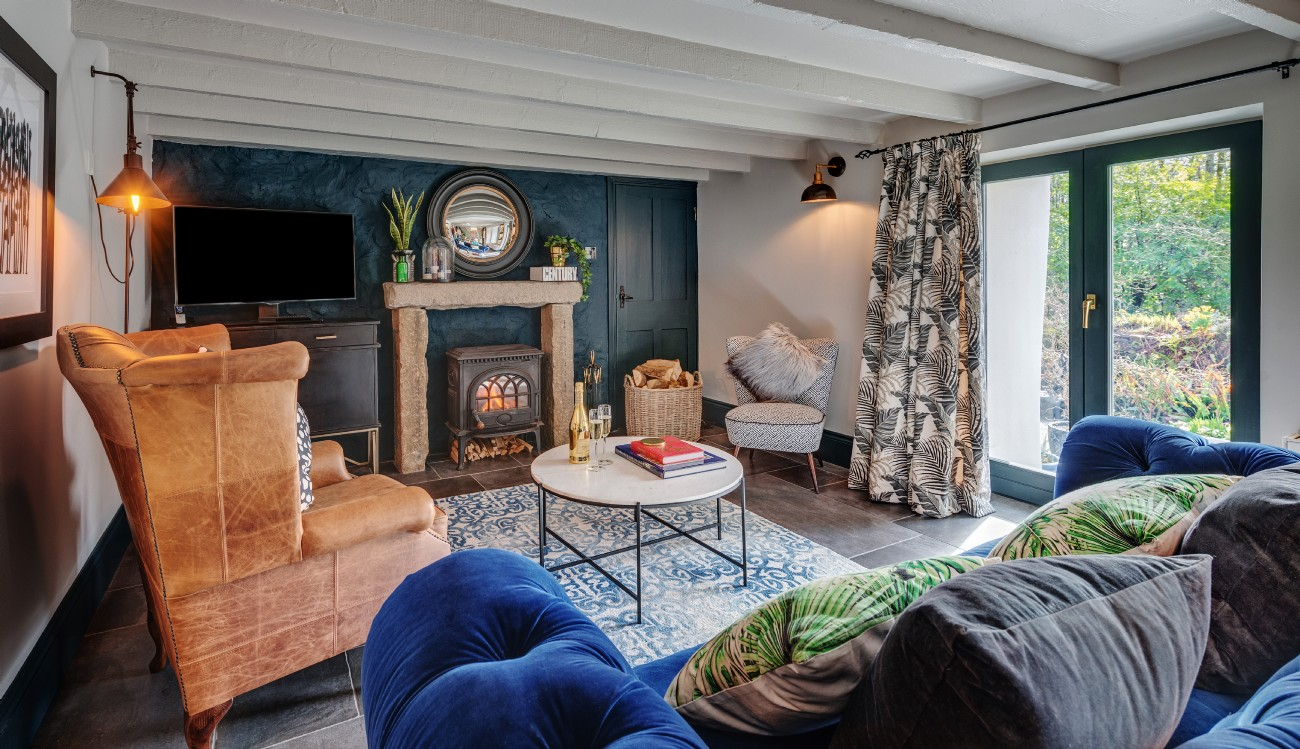 The Bulrushes | Luxury Mill Cottage | Trerice Estate, Cornwall