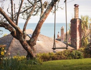 Luxury self-catering coastal cottage in Mousehole, Cornwall
