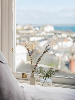 Coastal holiday home in Mousehole for families