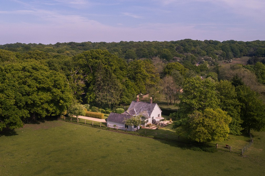 The Cinders | Luxury Self-Catering Cottage | Lyndhurst, New Forest