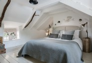 Sweet dreams in the large king-size bedroom