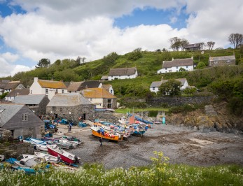 luxury self-catering holiday cottage on The Lizard South Cornwall