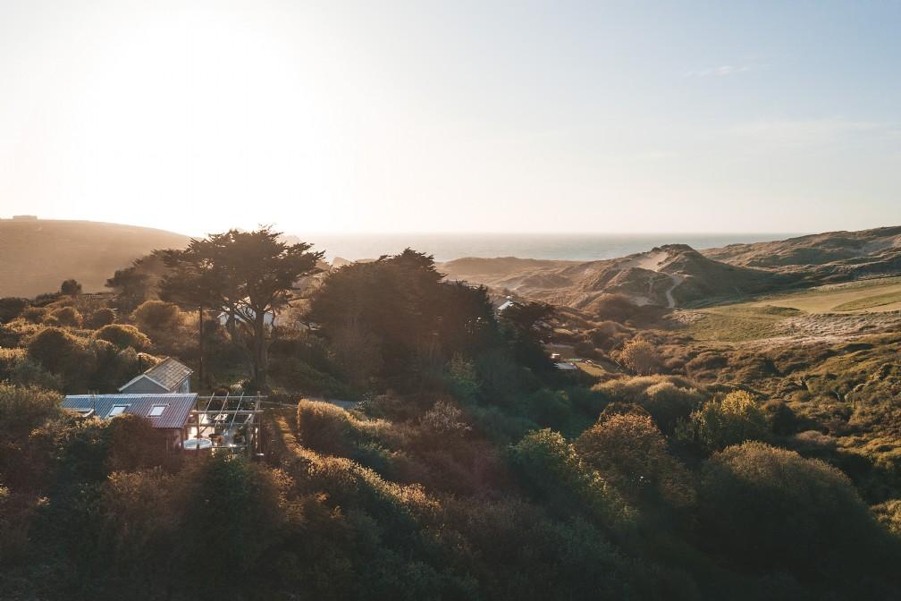 The Limit | Luxury Self-Catering Beach Hut | Holywell Bay, Cornwall