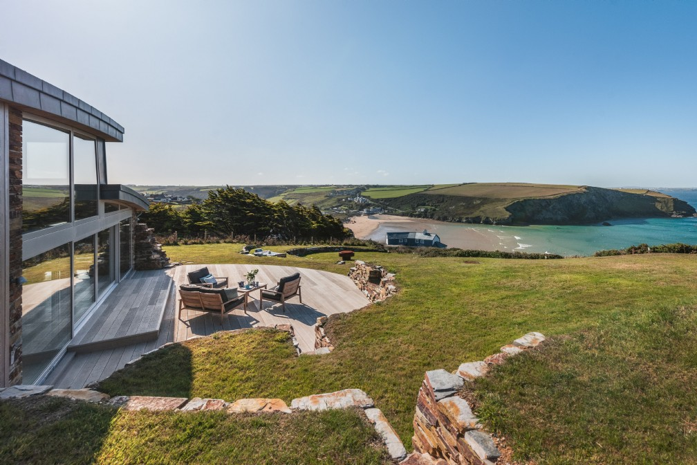 The Looking Glass | Luxury Coastal Self-Catering | Mawgan Porth