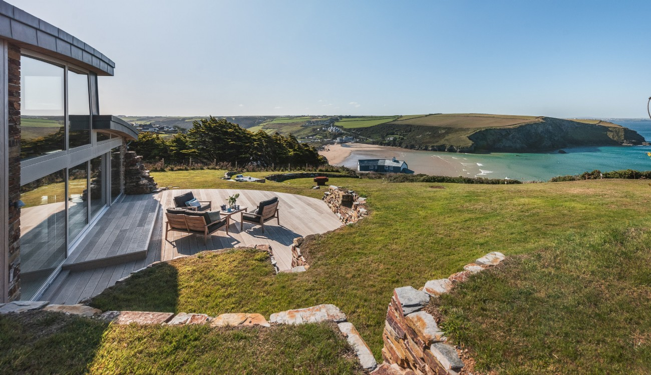 Luxury holiday home with sea views in Mawgan Porth, Cornwall